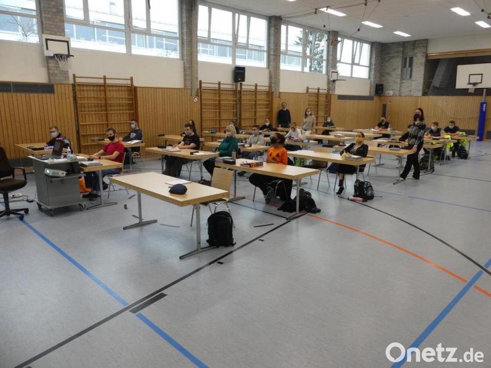Unterricht in der Turnhalle